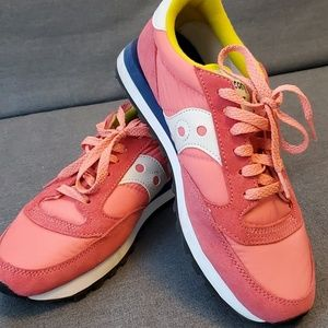 Saucony Sneakers (size 8.5)